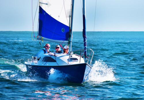 Voiliers remorqueurs - le meilleur du salon nautique